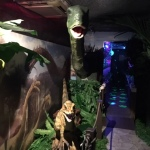 DINO WORLD 恐竜世界