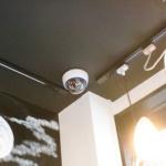 沖縄県那覇市 居酒屋・鍋料理店 ドーム型カメラ 3台設置工事